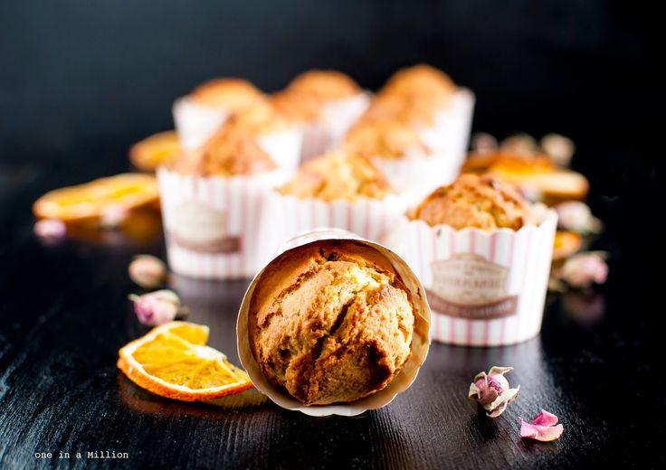 One in A Million: Muffin al profumo di rose, arance e vaniglia _ Muffin scented roses, oranges and vanilla