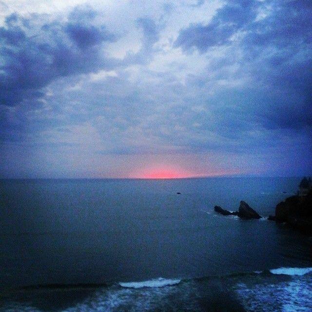 Pink sunset #pinklight #cetusbiarritz #sunset #cotedesbasques #Biarritz #belza #btz #local #apero