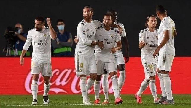 حكم مثير للجدل يدير مباراة ريال مدريد وليفانتي سبورت 360 قررت لجنة الحكام التابعة للاتحاد الإسباني لكرة القدم تعيين الحكم خوسيه ل Soccer Field Soccer Sports