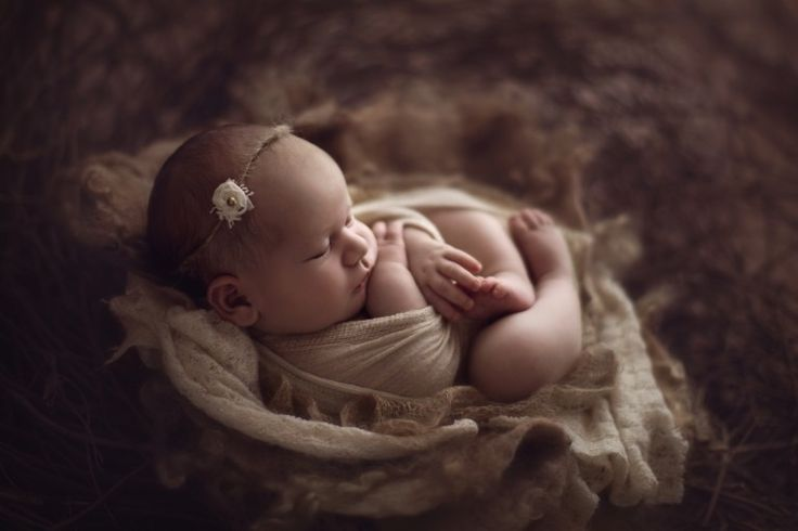 Six everyday objects for working with baby and newborn photography