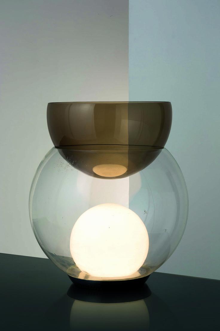 Lot : GAE AULENTI - Lampada da tavolo Giova, Fontana Arte 1964. Metallo cromato, vetro -[...] | Dans la vente Design - 2nd Part à Wannenes Art Auctions