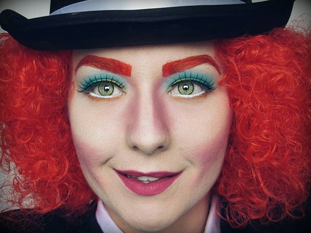 about Mad Hatter Makeup on Pinterest : Mad hatter cosplay, Mad hatter ...