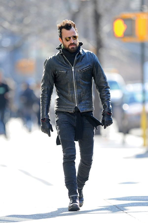If you ride bikes, like Justin Theroux, you basically have to dress badass.