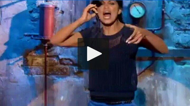 Nawell Madani au Jamel Comedy Club en 2012 - Beyoncé