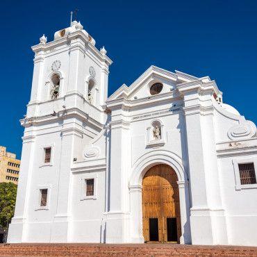 white-church-city-tour-santa-marta-colombia