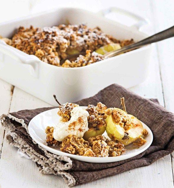 Desserts/Jälkiruoat: oven apples covered with oat crust/kuorrutetut uuniomenat