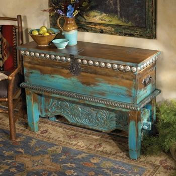 Las Cruces Trunk- would like this for a hall or doorway decoration