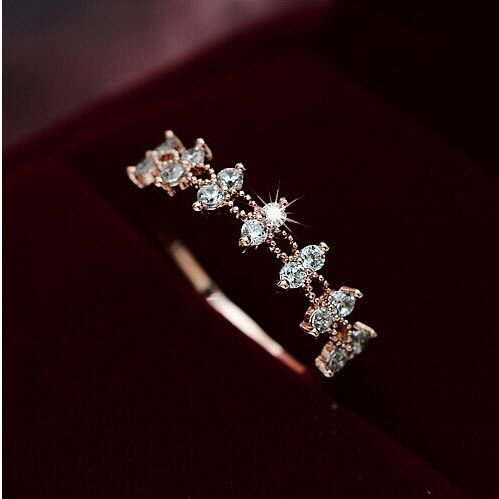 Zircon Wedding Band Ring Fashion Lace Rings boho Jewelry.                                                                                                                                                                                 More