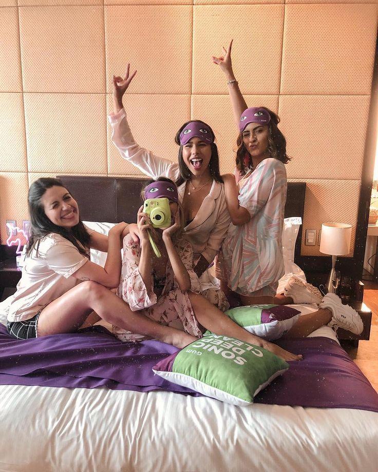 Foto para fazer com as amigas de pijama na cama | Tumblr | Pijama, Fotos amigas y Amigas