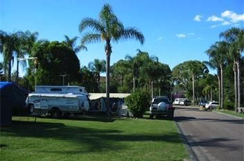 Powered sites for caravans, campers and motorhomes at BIG4 Karuah Jetty Holiday Park