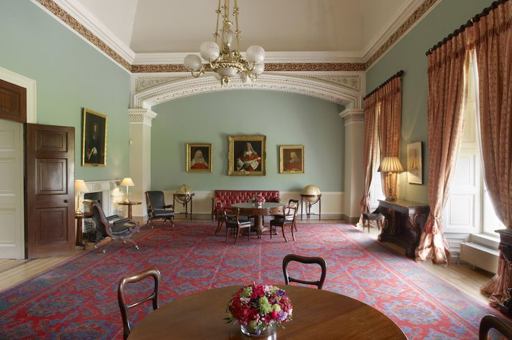Benchers' Room - Weddings & Events - The Honorable Society of King's Inns.