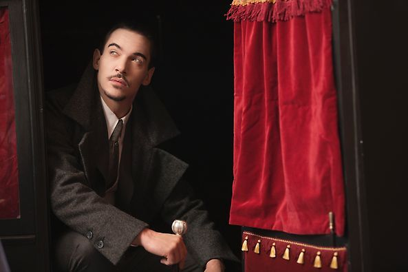 Alexander Grayson | #Dracula