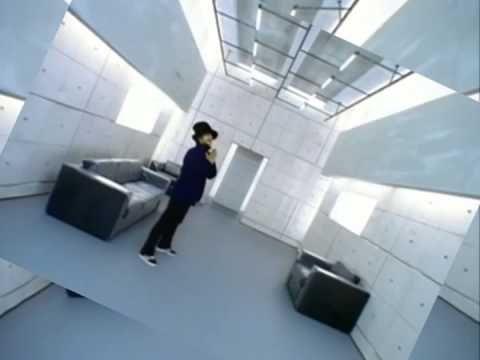 Jamiroquai - Virtual Insanity (Official Music Video)