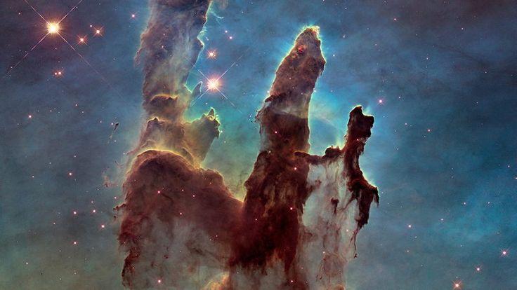 """Niezwykłe zdjęcia z teleskopu Hubble'a. """"Filary Stworzenia"""" nadal popularne"""