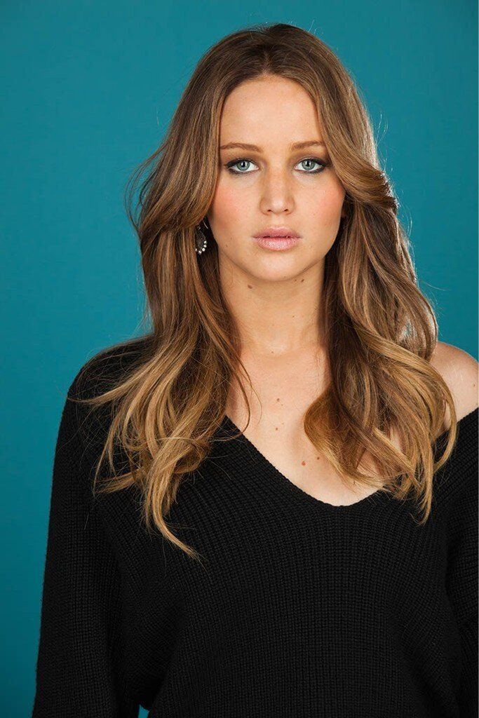 Jennifer Lawrence (Jennifer Shrader Lawrence) (born in Louisville, Kentucky (USA) on August 15, 1990)