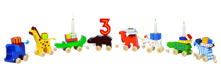 Natural and high quality toys to the development of the skills of children. Birthday caravan