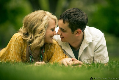 cute couple, great engagement session.