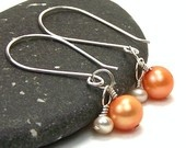 """simple & classy, could use any color """"pearls""""."""