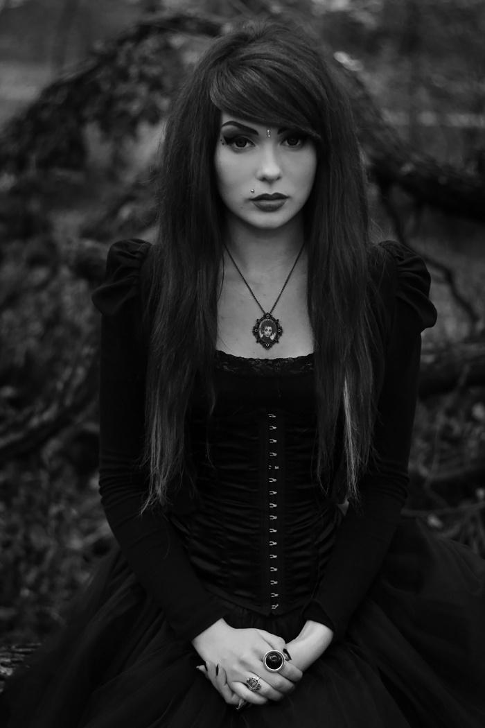 292 best gothic dark elegant love images on Pinterest ...