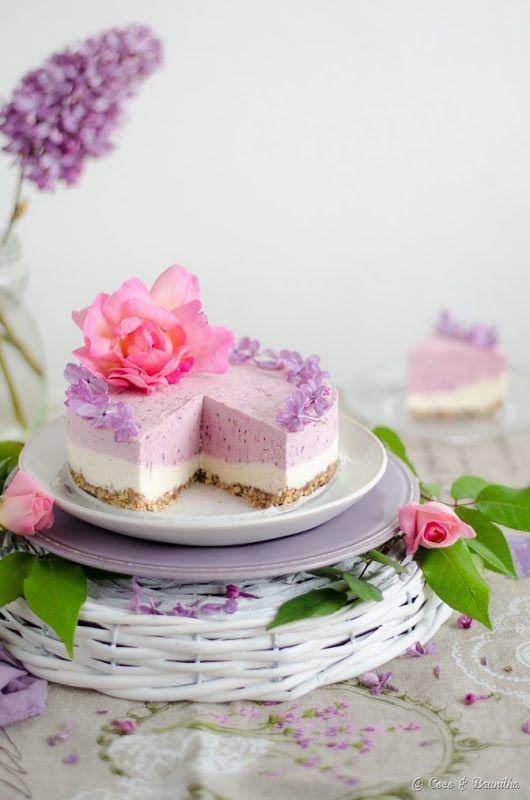 Sem açúcar, sem ovos, sem lactose, sem glúten e sem forno, este bolo transmite leveza e frescura