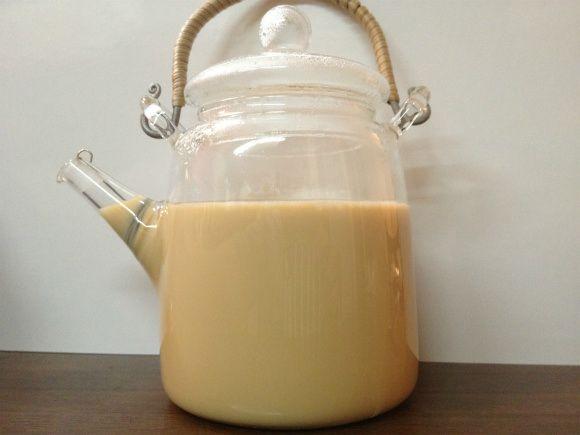 【レシピ】 スタバのチャイティーラテを自宅で作る方法 /これはウマすぎてヤバいレベル | Pouch[ポーチ]