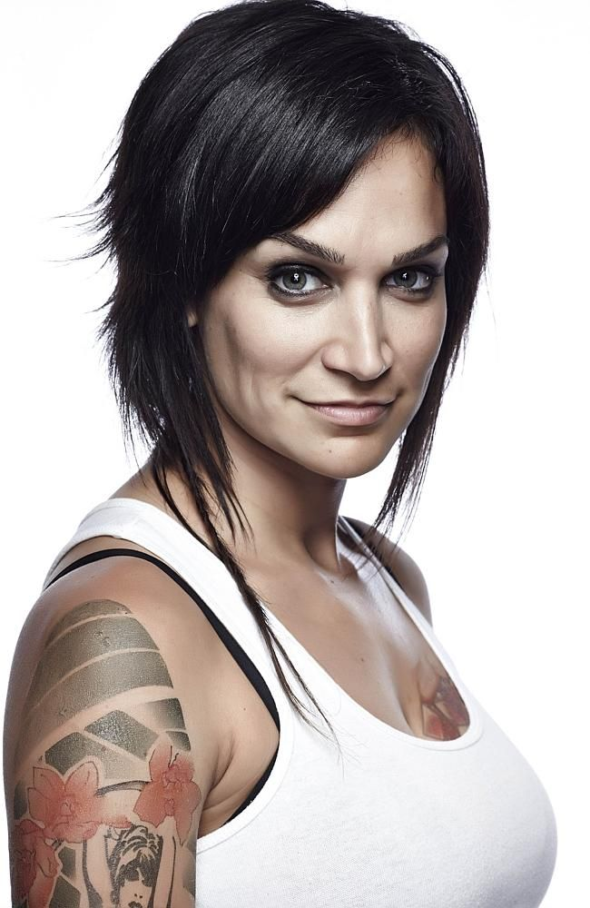 Nicole Da Silva as Franky Doyle in Wentworth.  and i love her hair lol