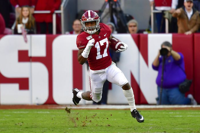 Auburn Leery Of Alabama S Jaylen Waddle In Return Game In 2020 Bama Football Crimson Tide Football Auburn