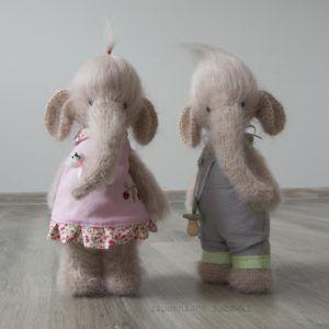 Para szydełkowanych słoni - Zapomniane ZabawkiZapomniane Zabawki