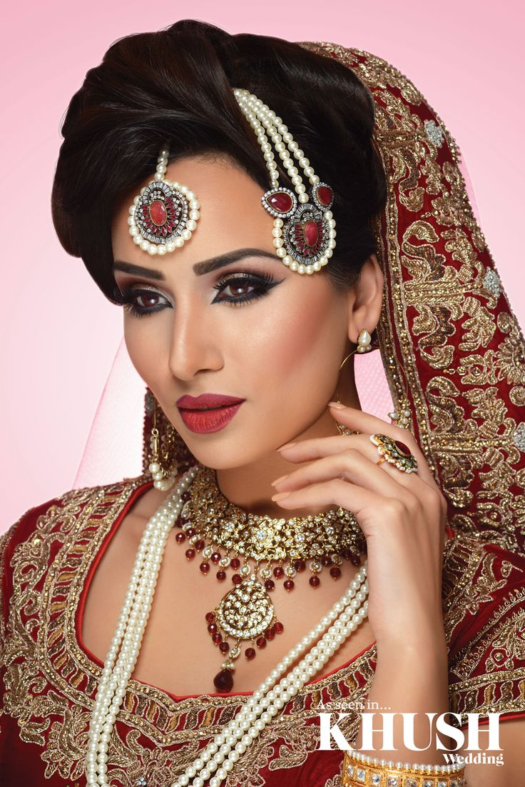 Yet another flawless bridal makeup look by Aimee Akbar Pro