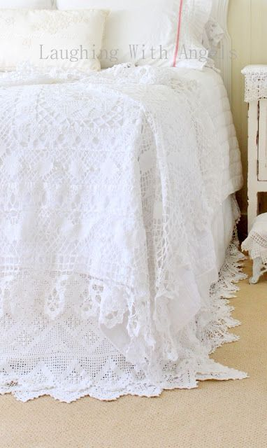 Tablecloth turned bedspread.  So pretty ! (from Laughing With Angels)