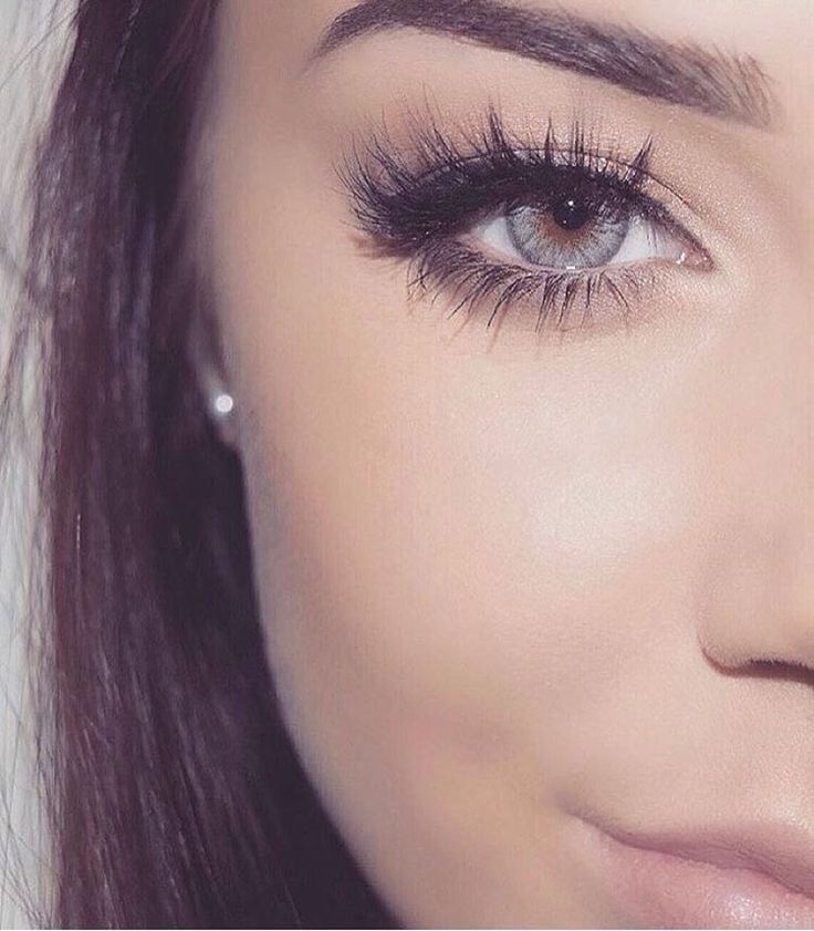 """❤️@makeupbyemma.xo❤️ 3D #LillyLashes in style ""Miami"" #GhalichiGlam Check out all the favorite styles at ✨www.LillyLashes.com✨ Or click the ☝link in…"""
