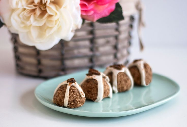 Ok, so they're not exactly hot, but they ARE crossed… Allow us to introduce to you our special Easter treat – hot cross bliss balls! These bundles of sweet spicyJOY are the gluten free, dairy free, GUILT free version of the classic 'hot cross bun' and we can't WAIT to have a little nibble… With …