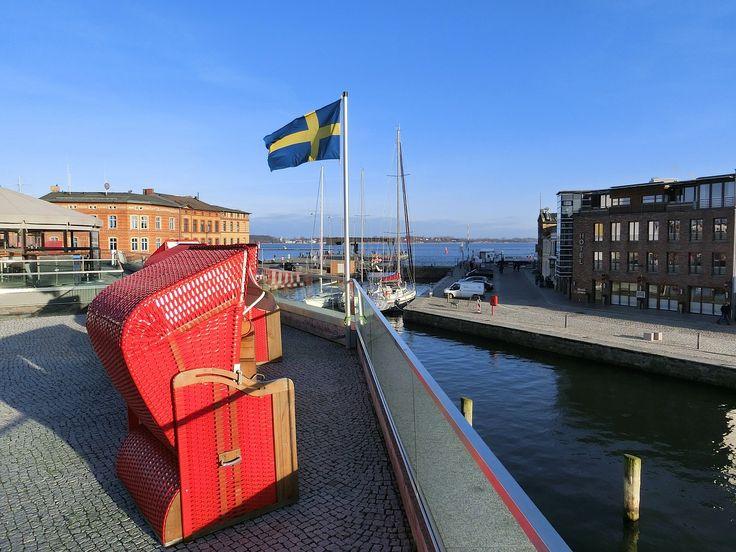 Cerca de la mitad de todos los suecos de más de 50 años tienen problemas auditivos. Estos trastornos de audición pueden tener consecuencias más graves tanto en el entorno laboral como a nivel socia…