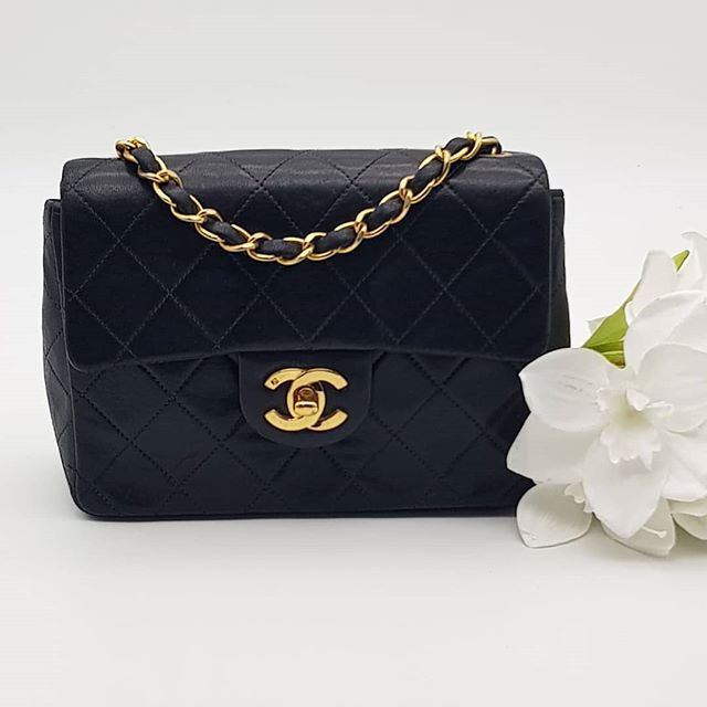2000 Wire Preloved Chanel Vintage Mini Flap Bag Black Lambskin Gold Hardware Measuring 17 5cm By 12cm By 6cm Comes With Dus Flap Bag Vintage Chanel Lambskin