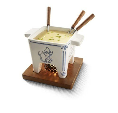 Boska Holland Tapas Cheese Fondue, Delft Blue by Boska Holland. $39.95. Typical Dutch design; For 400 gramms of fondue cheese; 1 ceramic pan, 4 fondue forks, 1 metal ring, 1 wax light and a mahogany wooden board. Delft blue is as unmistakably Dutch as windmills, tulips and cheese. The typical blue decoration on tin-glazed earthenware is showing signs of revival. We find the fresh design more and more on the shelves. It has now found its way to the cheese shelves! T...