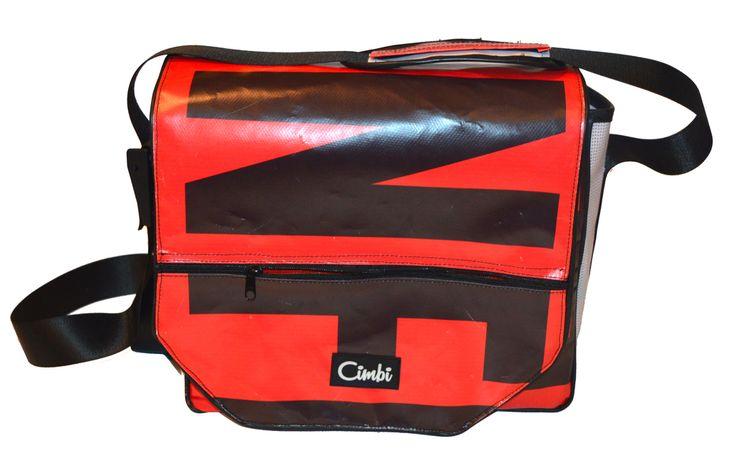 CMM000034 - Messenger M - Cimbi táskák és kiegészítők