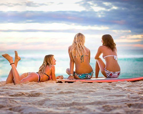 all i need are my girlfriends & the beach
