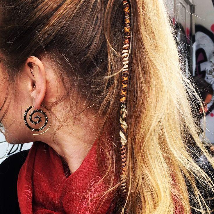 Wunderschöne Haarwickel von DiKARiCrafts. #Hairwrap #Bohemian Schmuck #bohemian