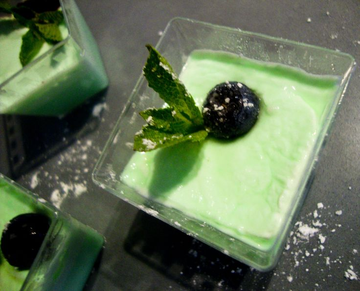 Peppermint pudding