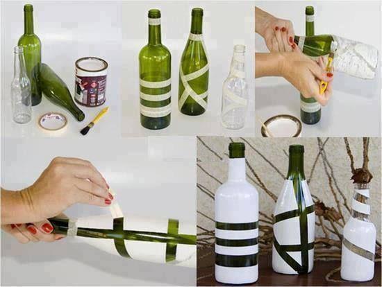 Con unas cintas y un poco de pintura podemos realizar estas lindas botellas decorativas.