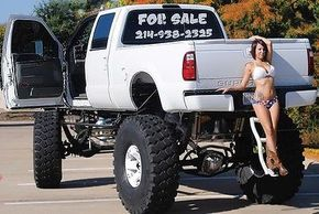 2006 Ford F-350 Street Legal Monster Truck 36 Inch Lift Show Lifted Custom F250 - Used Ford F-350 for sale in Dallas, Texas | autoquid.com