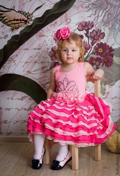 Нарядное розовое платье для девочки Корона. Handmade.
