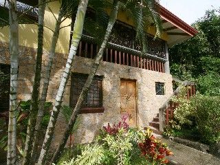 Charming 3 bedroom 3 bath modern villa with pool in quiet, convenient locationVacation Rental in Manuel Antonio from @HomeAway! #vacation #rental #travel #homeaway