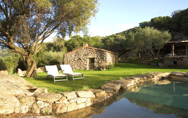 A Nepita Corsica Sleeps up to 2. A wonderful woodland hideaway in the totally tranquil Murtoli Estate, this is an enchanting villa for two, where modern facilities are unobtrusively wrapped in old-world charm.