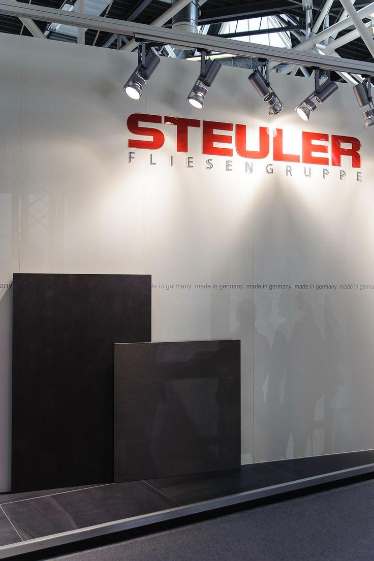Steuler известна, как традиционно революционная фабрика. Она не раз удивляла своими необычными дизайнерскими решениями, которые полюбились и в Европе, и в России. Достаточно вспомнить её яркие коллекции декоративной настенной плитки для детских Louis & EllaиBongobongo. Или же керамическую плитку Mooohдля ванных комнат. Steuler часто радовала ценителей качественной керамической плитки нестандартными дизайнерскими решениями, но, увы, не в этом году.