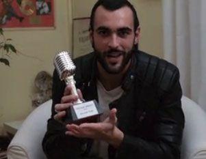 Marco Mengoni ringrazia i fan per il premio vinto con L'Essenziale Tour (video)