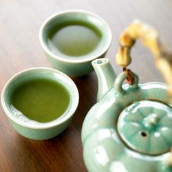 Protect your cardiovascular system while boosting your metabolism with green tea extract!