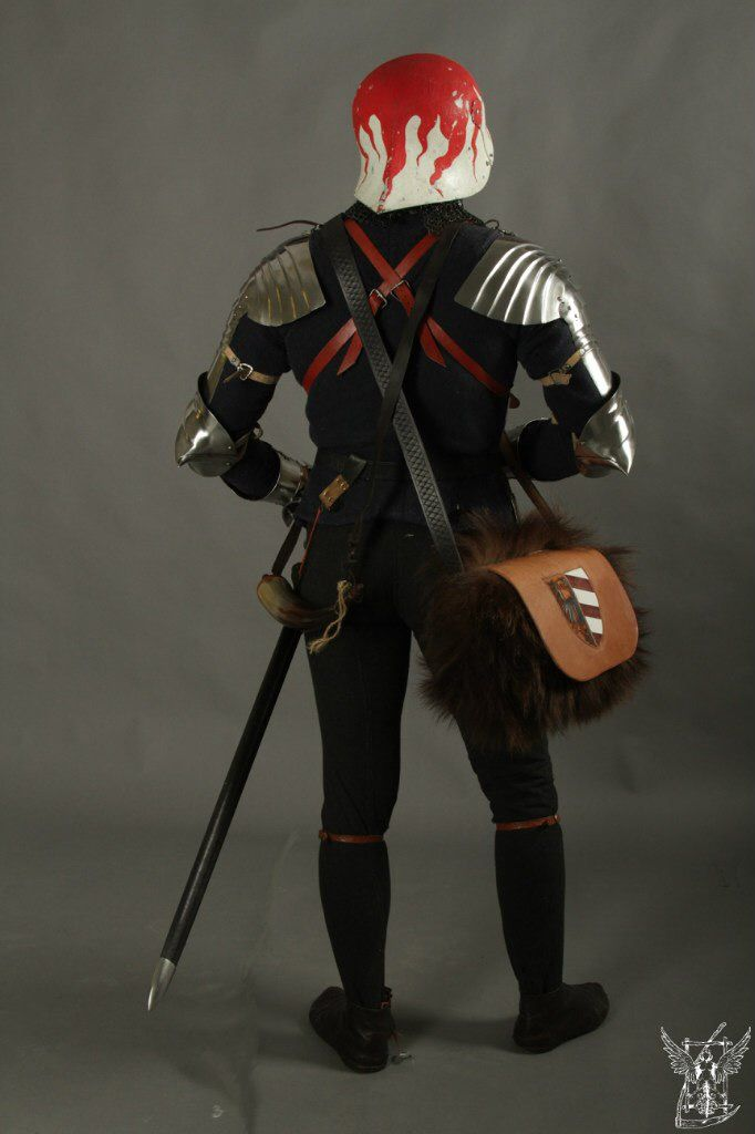 Decorated sallet with a gothic armor set 1500-ish. Unknown re-enactor