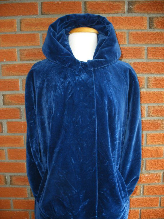 Would love to have this!       BURNING MAN FESTVAL COAT!!! 1960s Navy Blue Crushed Velvet Cape Like by VintageEclectica, $128.00