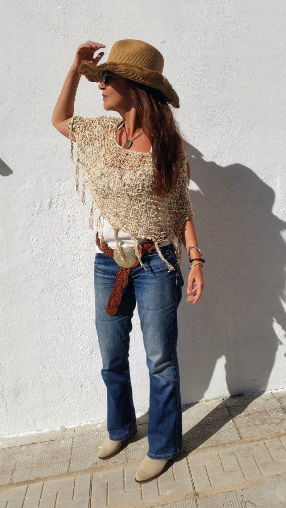 Boho chic clothing, love this poncho!! por EstherTg